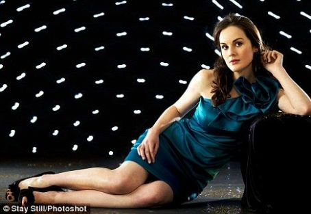 Downton Abbey kertas dinding probably with a koktel dress and a leotard entitled Michelle Dockery