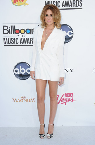 Miley Cyrus At The BillBoard 音楽 Awards 2012