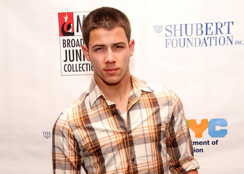 Nick at a broadway event in NY - nick-jonas Photo