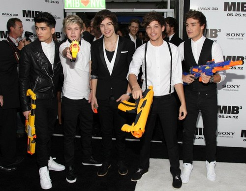 ONE DIRECTION AT THE 'MEN IN BLACK' PREMIERE- NYC