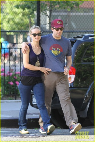 Olivia Wilde & Jason Sudeikis: Ballin' in Big Apple - olivia-wilde Photo