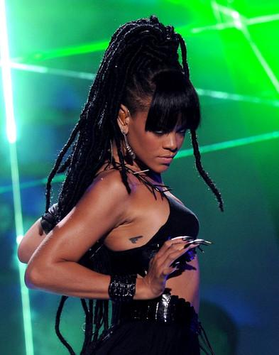 Performing On American Idol Season 11 Grand Finale Zeigen [23 May 2012]
