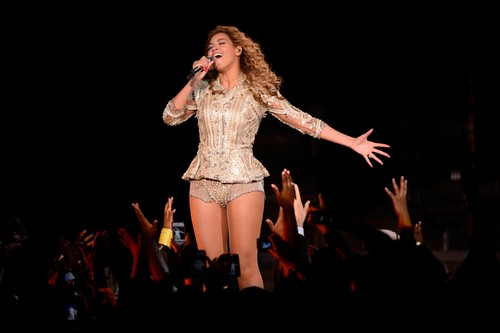 Performs At Ovation Hall At Revel Resort & Casino In Atlantic City [25 May 2012]
