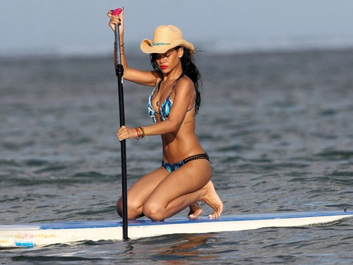 Rihanna wallpaper probably containing a bikini called RiRi