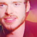 Richard Madden - E! Interview
