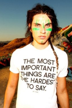 Samuel Larsen achtergrond containing a jersey and a portrait titled Samuel Larsen