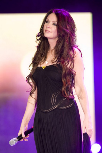 Сара Брайтман Обои probably with a коктейль dress, a bustier, and a chemise entitled Sarah Brightman