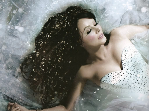 sarah brightman wallpaper containing a hot tub titled Sarah Brightman