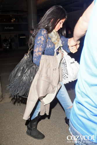 Selena Gomez images Selena - Arriving at the LAX - May 26, 2012 wallpaper and background photos