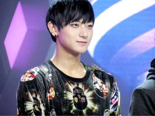 Tao wallpaper containing a jersey entitled Tao's smile~~~