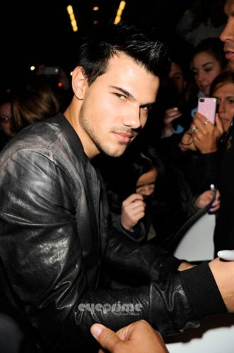 Taylor - Outside Jimmy Fallon Studios - February 02, 2012