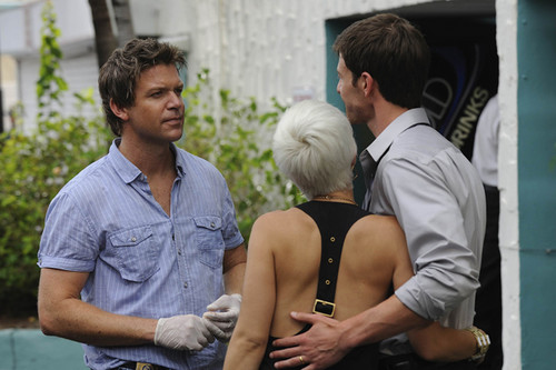 The Glades (1x08) Marriage Is Murder