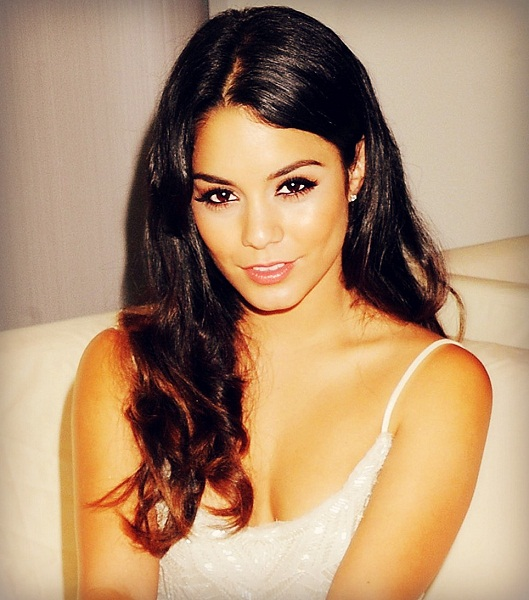 Girl News Vanessa Hudgens 2012 Fotos