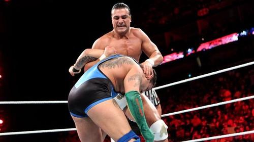 डब्ल्यू डब्ल्यू ई Raw Del Rio vs Marella