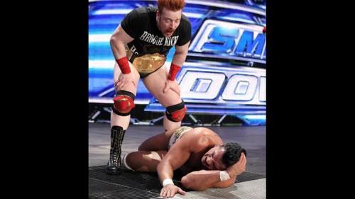 WWE Smackdown triple threat