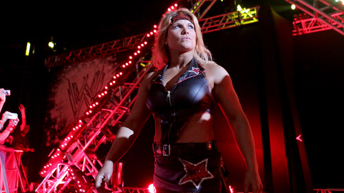 beth phoenix wallpaper possibly containing a concert entitled WWE Worldwide 2012-Brazil