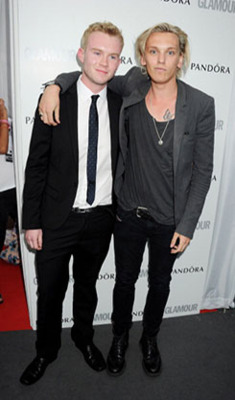 Jamie Campbell Bower l Glamour Women of the jaar Awards (2012)