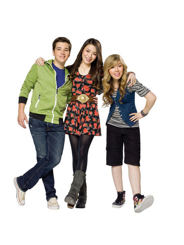 iCarly wallpaper probably containing a hip boot and an outerwear titled iCarly