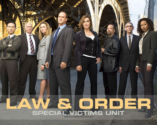 Law and Order SVU wallpaper probably with a business suit entitled law & order svu
