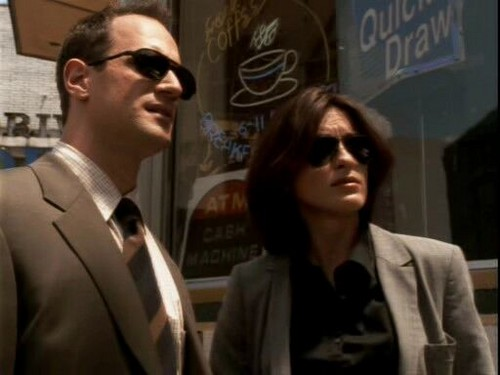 Law and Order SVU wallpaper with a business suit and a suit entitled law & order svu