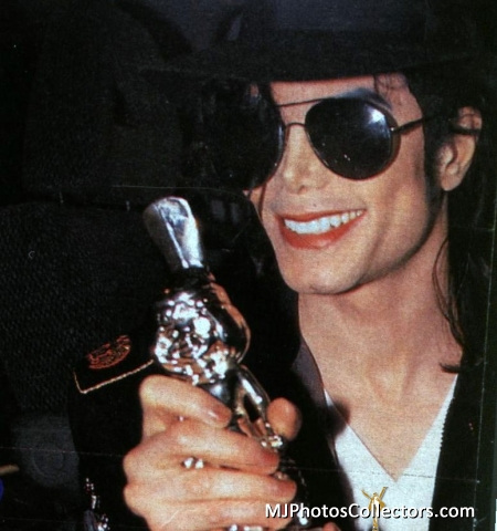 Michael Jackson wallpaper possibly containing a fedora, sunglasses, and a boater titled my heart beats at dangerous speed when I see you beautiful Michael