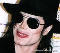oh god I wanto passionately kiss you sooooo bad - michael-jackson photo
