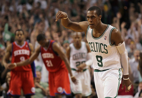 Rajon Rondo پیپر وال possibly with a باسکٹ, باسکٹ بال player and a dribbler کی, ڈراببلر entitled rajon's triple double helped C's advance to the semifinals