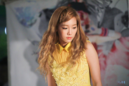 taeyeon@ Twinkle Fansigning Event
