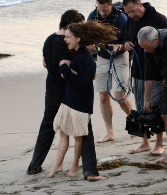&#34;Knight of Cups&#34; &gt; Shooting a scene with Christian Bale in Malibu, CA (May 31st 2012) - natalie-portman Photo
