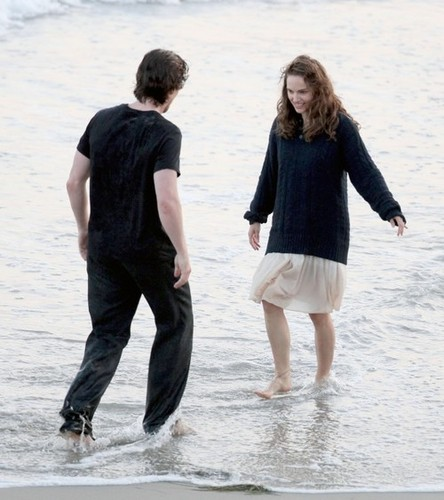 """Knight of Cups"" > Shooting a scene with Christian Bale in Malibu, CA (May 31st 2012)"