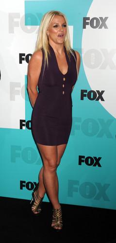 2012 FOX Upfronts In New York City [14 May 2012]