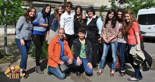 Alexander Rybak & Paula Seling - I'll 显示 You, 30.05.2012