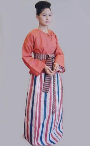 Ancient Japanese Women's Clothing, Kofun (Yamato) Period (250 A.D. - 538 A.D.)