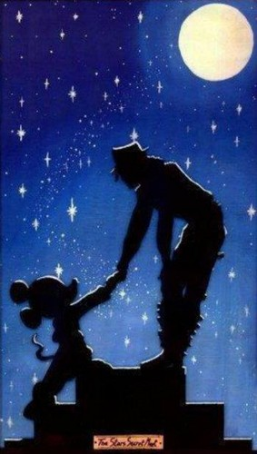 And now .. The MOST BEAUTIFUL , ADORABLE ,MAGIC CHARACTER in Disney ..Michael Jackson ! ♥