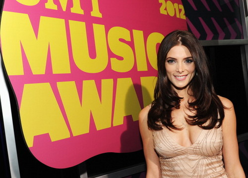 Ashley at the CMT Music Awards - Arrivals. [06/06/12] - ashley-greene Photo