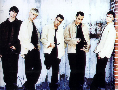 The Backstreet Boys 바탕화면 probably with a well dressed person entitled Backstreet Boys