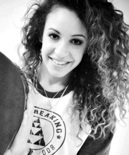 Danielle Peazer wallpaper possibly containing a cymbal entitled Beautiful Danielle ♥