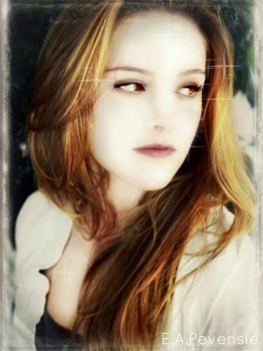 Bella Swan(Kristen Stewart) Vampire