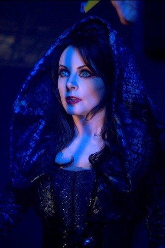 sarah brightman wallpaper possibly containing a cloak, a kirtle, and a surcoat entitled Blind Mag