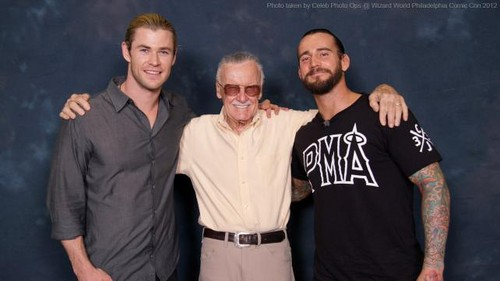 CM PUNK AT WIZARD WORLD PHILADELPHIA COMIC CON