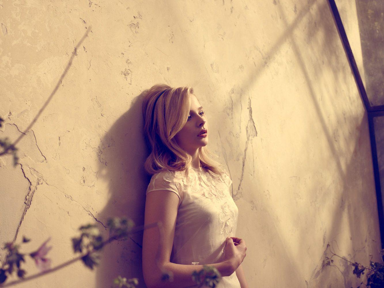 Datk Shadows Woman Portrait - Chloe Moretz Photo (31073505 ...