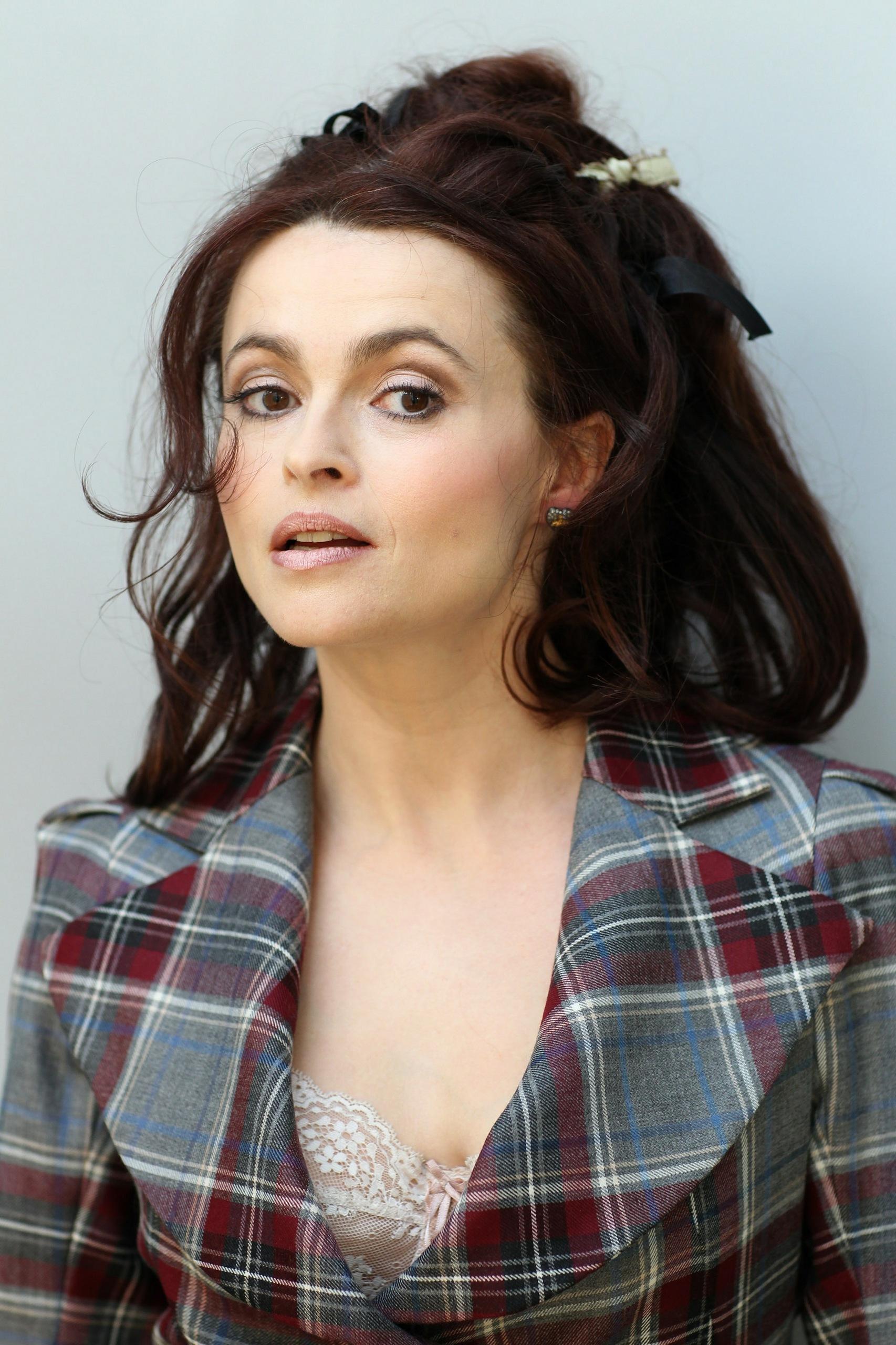 "... "" Portraits 2010 - Helena Bonham Carter Photo (31040154) - Fanpop Helena Bonham Carter"