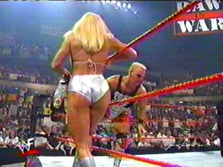 Former WWE Diva... Debra achtergrond called Debra - Strong thighs