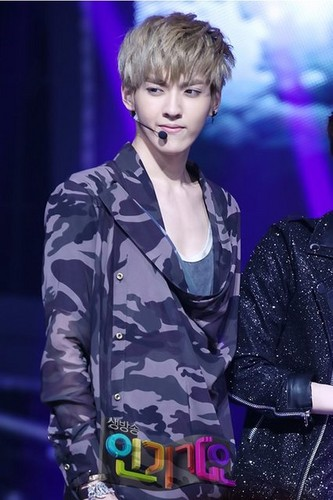 EXO @ Inkigayo - exo-m Photo