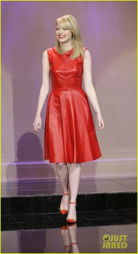 Emma Stone & Chris Hemsworth: 'Tonight Show' Guests!