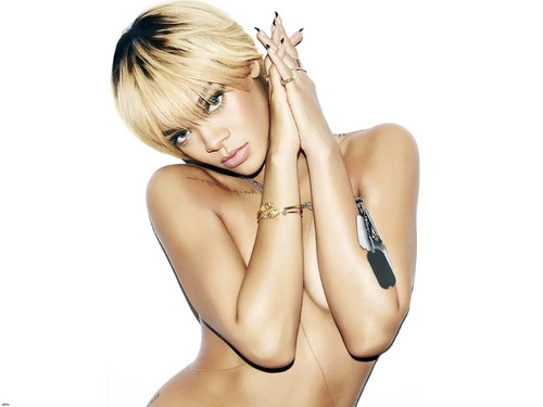 Esquire - rihanna Photo