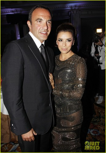 Eva Longoria wallpaper with a business suit and a suit called Eva Longoria: Global Gift Gala!