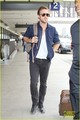 Eva Mendes &amp; Ryan Gosling: Going Green at the Airport! - ryan-gosling photo