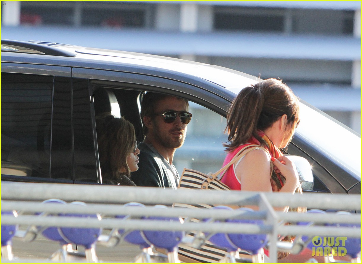 Eva - and Ryan ansarino, gosling at the airport - June 07, 2012