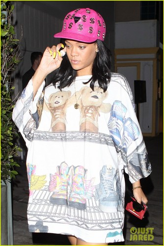 Giorgio Baldi Restaurant In LA [3 June 2012] - rihanna Photo